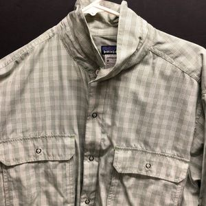 Patagonia Long-Sleeve Button Down SPF50 Sz L Shirt